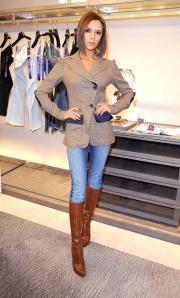 Victoria Beckham skinny jeans, Beckham fashion, boots